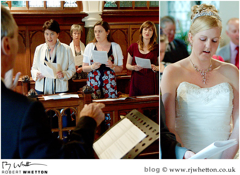 Singing - Dorset Wedding Photographer Robert Whetton